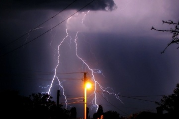 Ukrainians warned of thunderstorms and squalls today