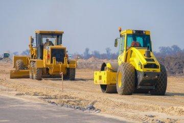 Омелян розповів, скільки грошей виділили на ремонт доріг обласного значення