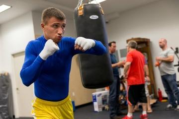 Boxen: Kampf Lomachenko - Lopez findet im September mit oder ohne Zuschauer statt - Promoter