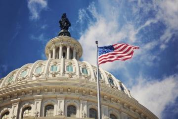 W Kongresie Stanów Zjednoczonych przegłosowano obowiązkową pomocą obronną dla Ukrainy