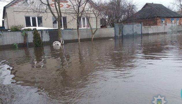 В Охтирці повінь підтопила частину райцентру