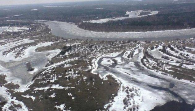 Весняний паводок: рятувальники попереджають про подальший підйом води у річках