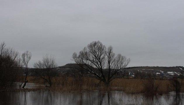 Від весняного паводку потерпають два найбільших райони Луганщини