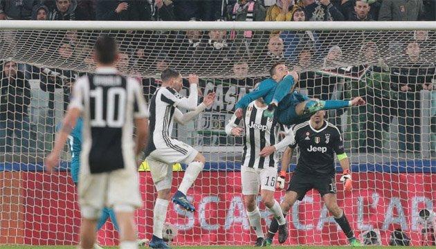 Футбол: Роналду забив м'яч бісіклетою