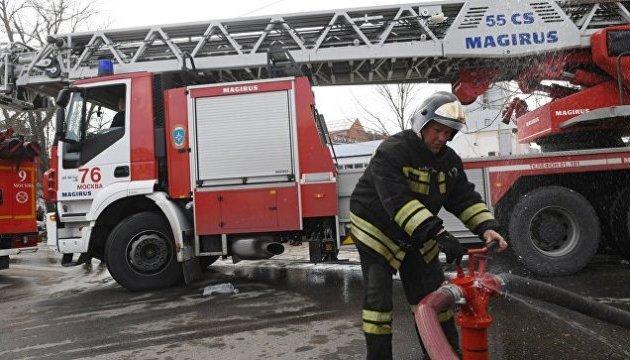 На пожежі у московському ТЦ загинула людина