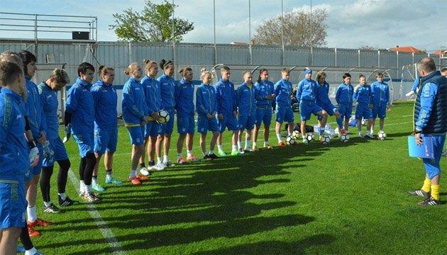 Українські футболістки провели офіційне тренування перед матчем з хорватками