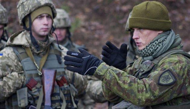 Нова зміна литовських військових інструкторів прибуває в Україну