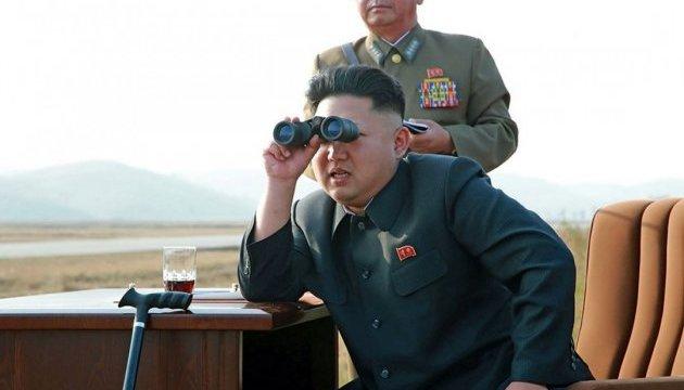 Ким Чен Ын назвал запуски ракет предупреждением Вашингтону и Сеулу