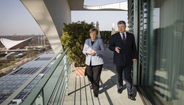 Angela Merkel :  Une partie du gaz devra continuer à passer par l'Ukraine