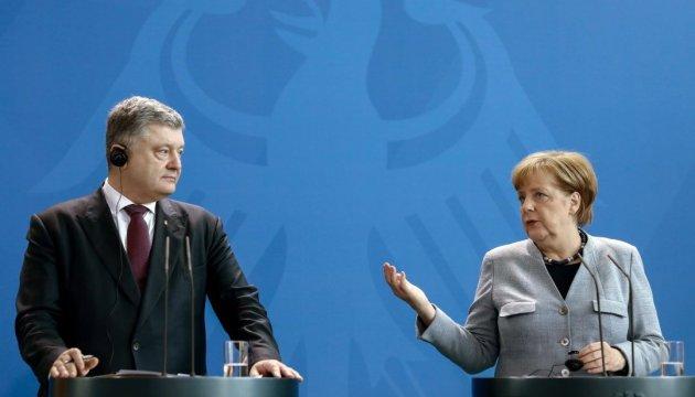 Порошенко и Меркель обсудили санкции против РФ и освобождение узников Кремля