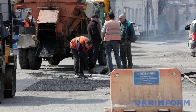 На проспекті Василя Порика обмежать рух транспорту через ремонт