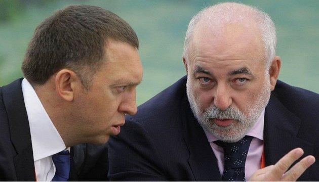 Дерипаска, Вексельберг, Абрамович и К°: Британия хочет прижать олигархов РФ