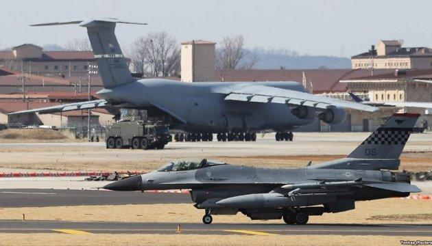 Болгарія обговорить зі США купівлю бойових винищувачів