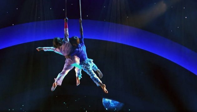 Little Ukrainian aerialists impress Americans