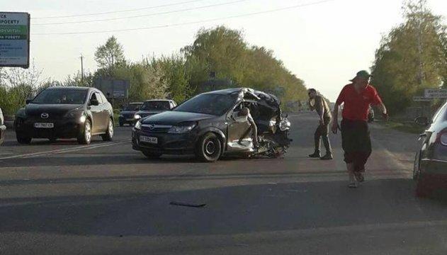 На Прикарпатье Opel влетел в маршрутку, есть погибшие