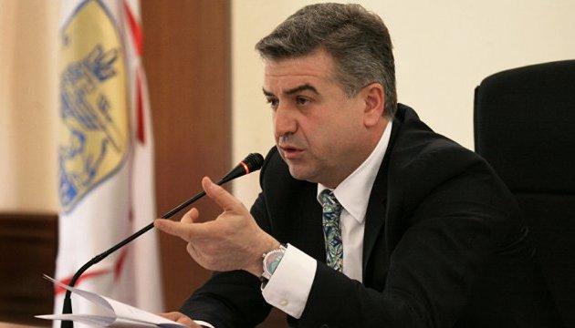Голова уряду Вірменії відмовився від переговорів з лідером опозиції