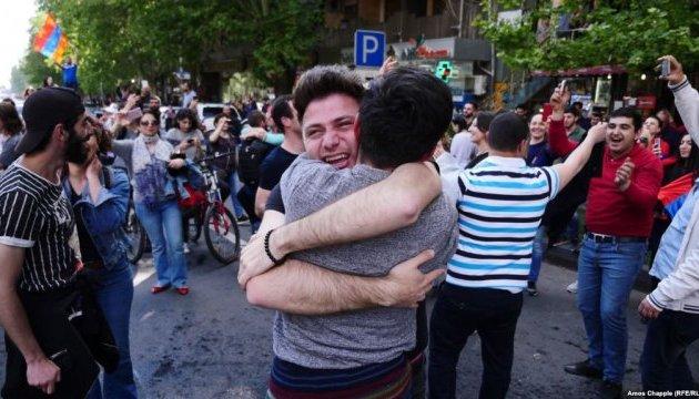В Москве отреагировали на отставку премьера Армении