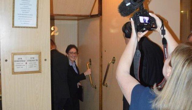 Москаль покатав посла США на унікальному ретро-ліфті