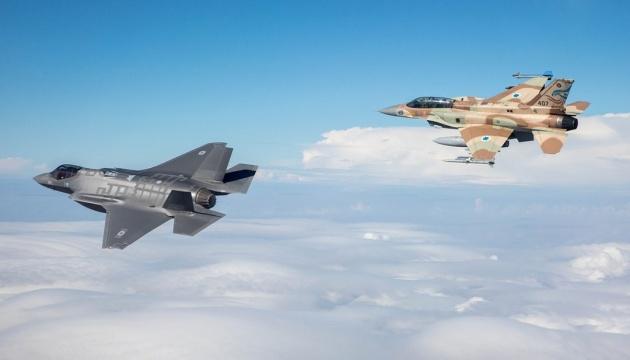 Израиль нанес удар по сектору Газа - СМИ