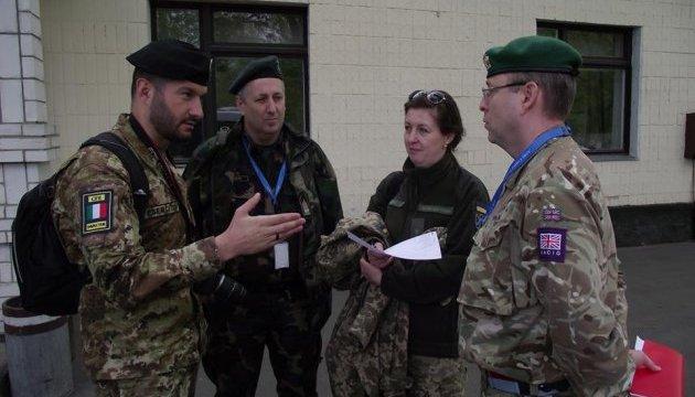 Inspectores extranjeros: Ucrania cumple plenamente con el Tratado FACE (Foto)