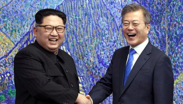 Северная и Южная Кореи начинают переговоры по вопросам организации саммита