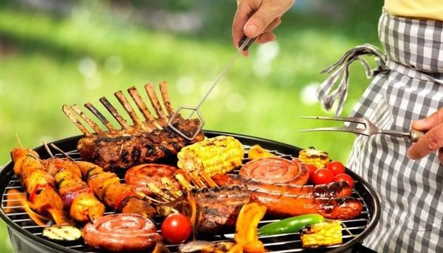 У МОЗ дали поради, як не вкоротити собі віку на пікніку