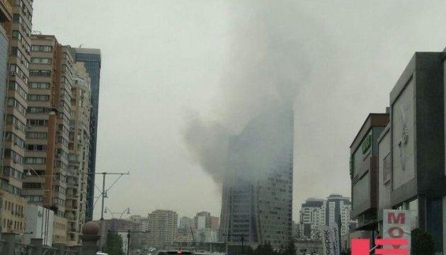 У Баку горить висотка Trump Tower