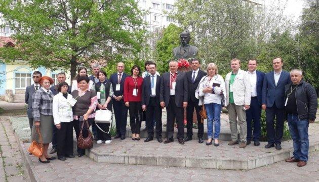 В Молдове прошел международный «круглый стол» по вопросам сохранения украинского языка