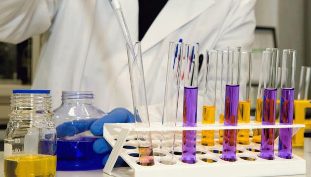 У лікарнях, що підписали договори з НСЗУ, рішення щодо зарплатні приймає колектив