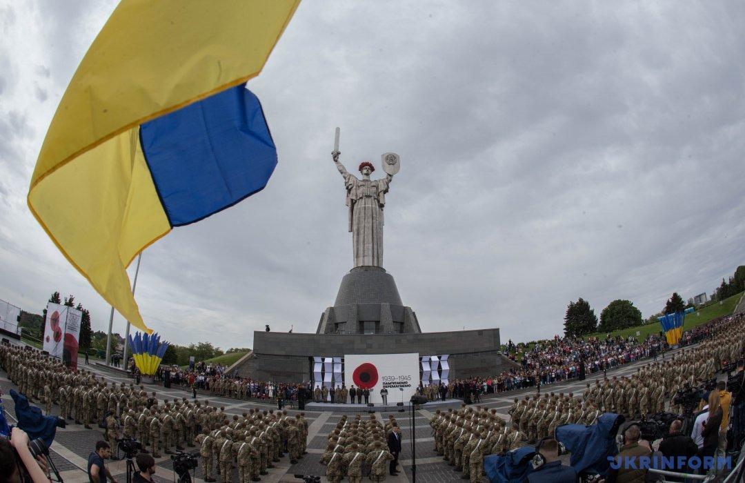 Порошенко: Нацизм здолав передусім український солдат