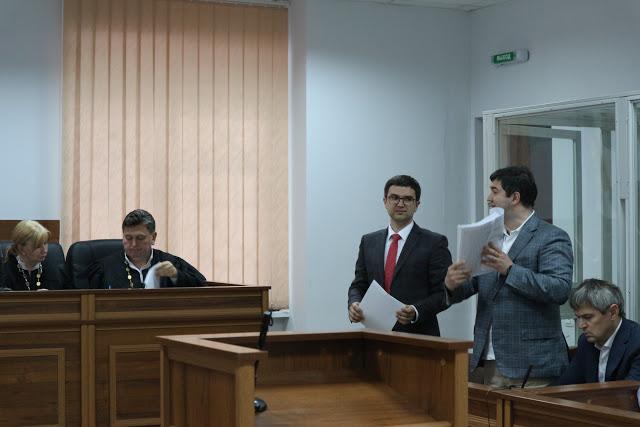 Насіров з адвокатом Дроздовським
