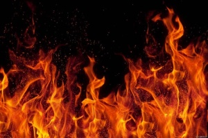 На Рівненщині троє людей загинули під час пожежі у приватному будинку