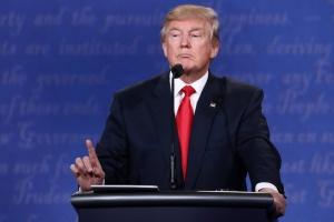 """Трамп решил лично встретиться с """"правой рукой"""" Ким Чен Ына"""
