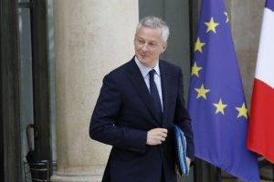 Во Франции отреагировали на новые пошлины Трампа на товары из Европы
