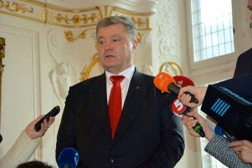 俄罗斯派出整车的武器,要杀死乌克兰人 - 波罗申科