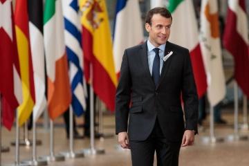 En visite en Pologne, Emmanuel Macron discutera de la situation dans le Donbass