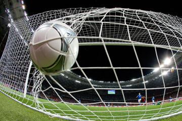 La police met à jour un système de matchs de football truqués en Ukraine