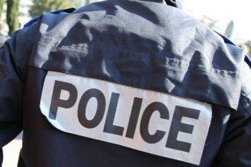 В Грузии злоумышленник захватил заложников в банке, его задержали