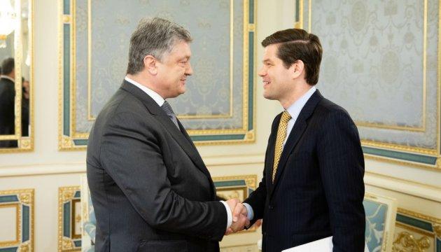 США удваивают помощь Украине на укрепление кибербезопасности – Митчелл