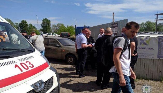 Під час конфлікту на автостоянці Києва постраждав СБУшник