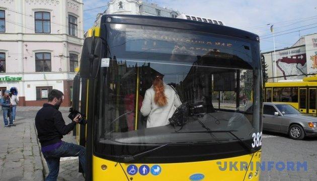 «Драконівські тарифи»: у Києві профспілки виступають проти підвищення цін на проїзд