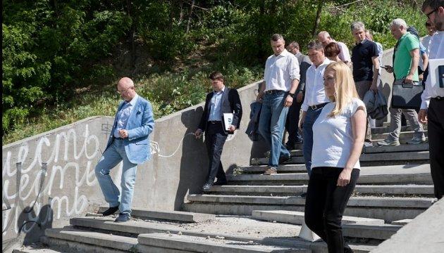 Кличко перевірив, як Київ готується до фіналу Ліги чемпіонів УЄФА