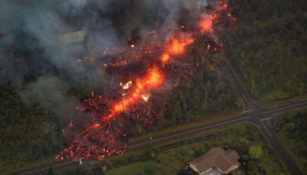Вулкан на Гаваях знищив понад 20 будинків
