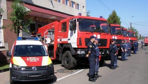 日托米尔消防员掌握现代灭火技术