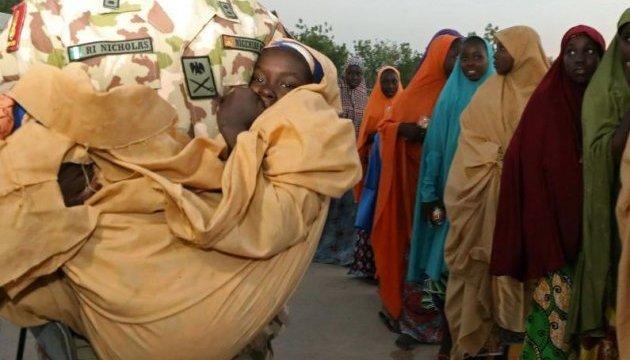 У Нігерії визволили більше тисячі заручників