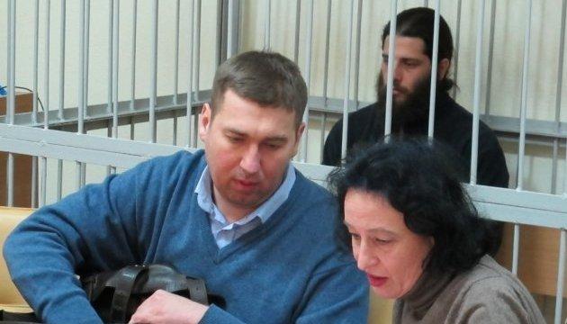 Адвокаты Лусварги заваливают суд