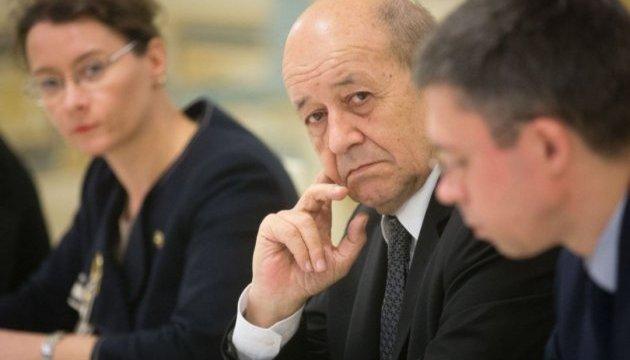 Глава МЗС Франції у Росії поговорить про Україну, Сирію та Іран