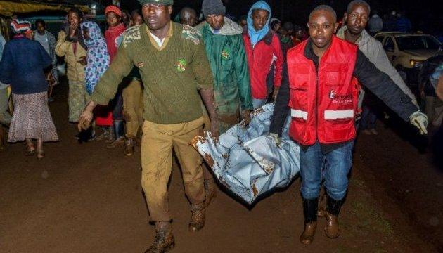 В Кении прорвало плотину, 27 погибших
