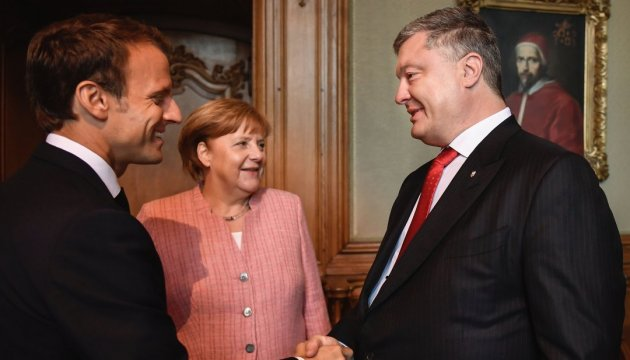 Poroshenko warns Macron, Merkel about geostrategic danger of Nord Stream 2