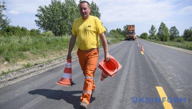 На місцеві дороги Рівненщини виділили значно більше коштів, ніж на державні - ОДА